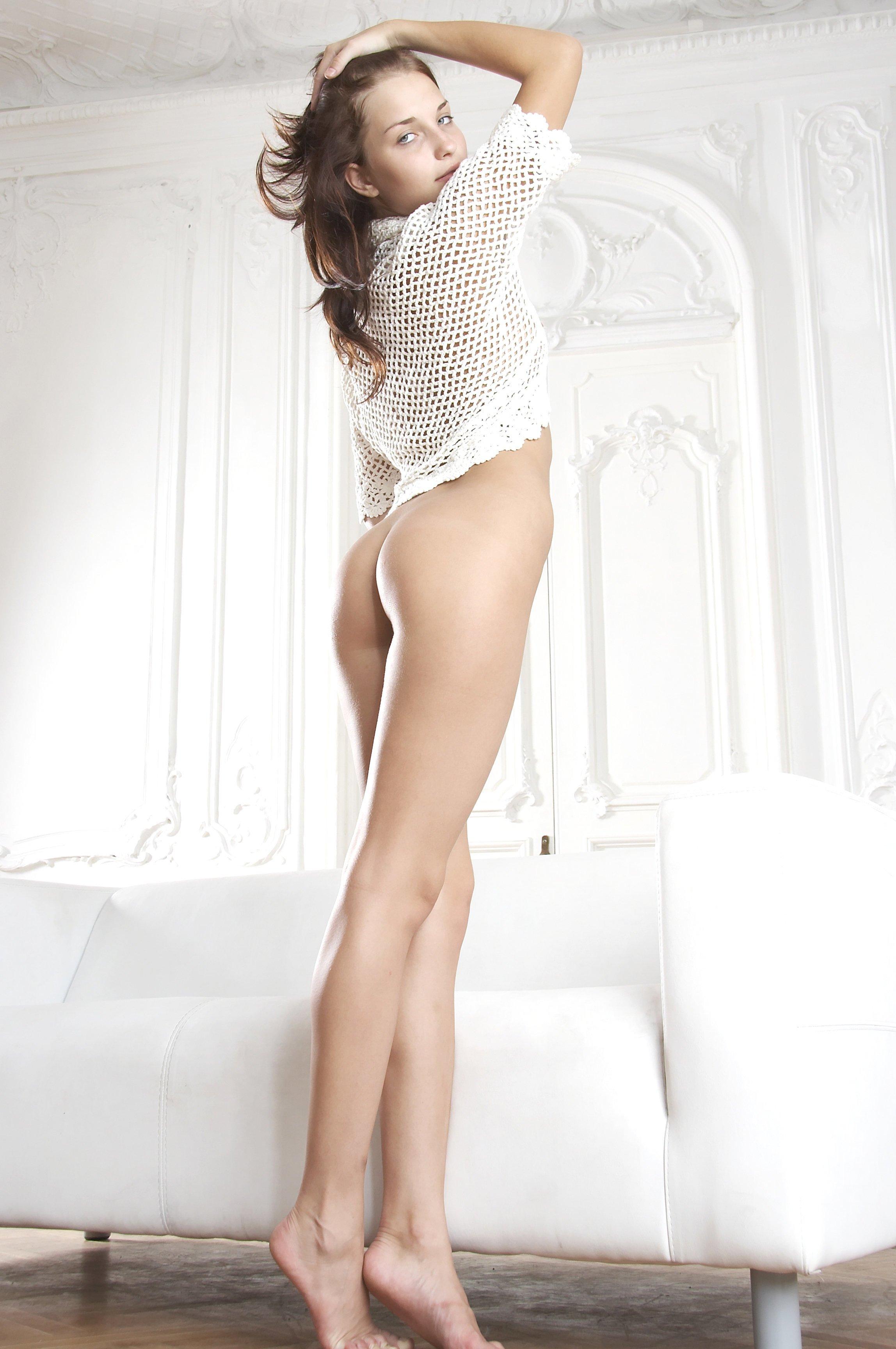 ГОЛЫЕ ЖЕНЩИНЫ  Порно фото зрелых и голых женщин